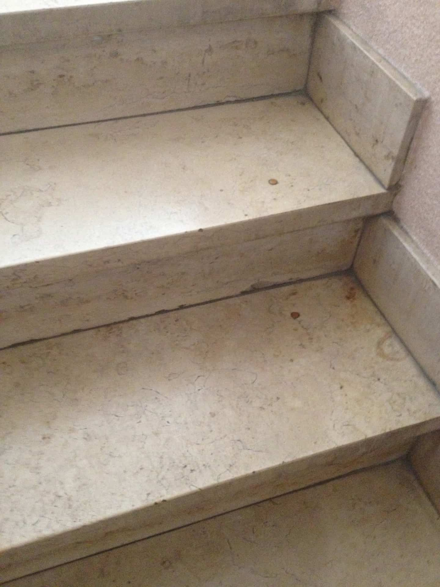 trap met natuursteen Floortec