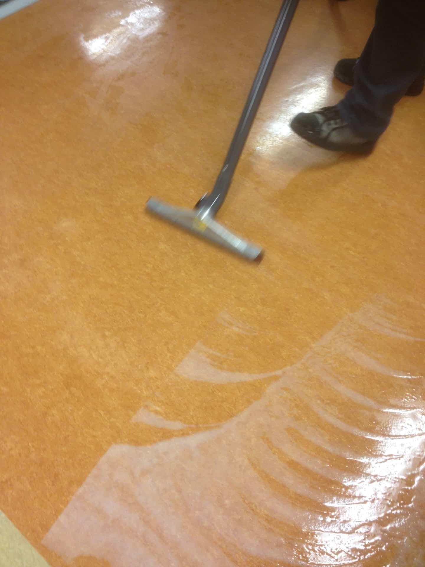 schoonmaak door Floortec linoleum vloer