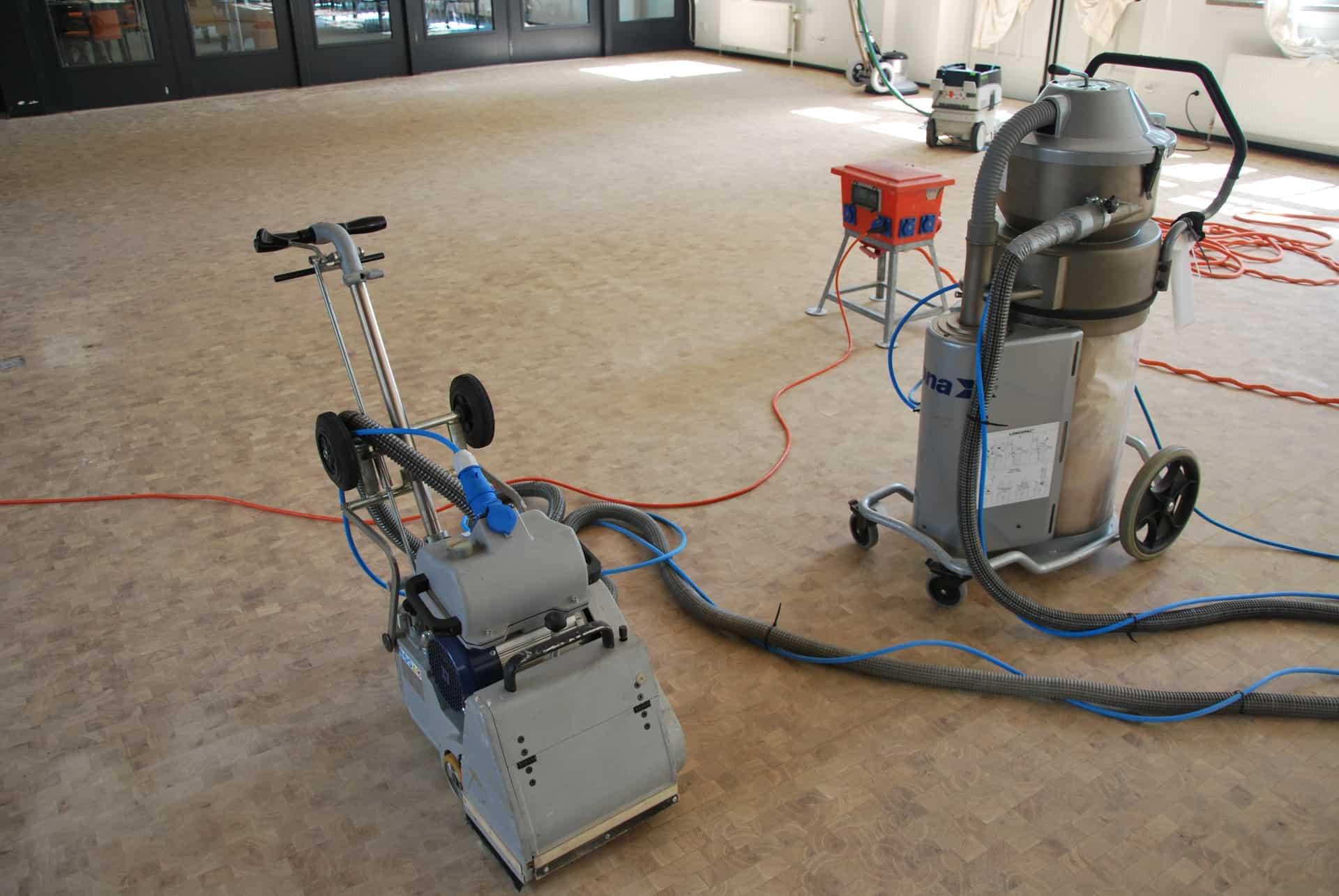 Opschuren door machines van Floortec